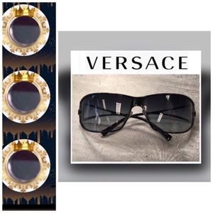 🌲🎁 • 💯Authentic Versace Sunnies❣️